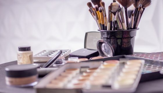Nontoxic Makeup